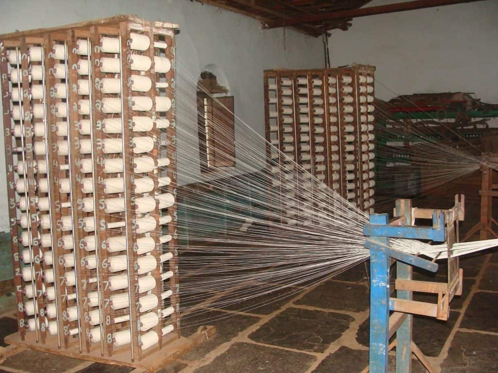 spinning textile craft